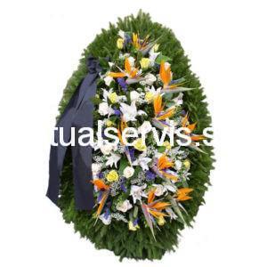 Венок из живых цветов стрилиции и лилии