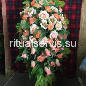 """Венок на похороны """"Розы и эустомы"""""""